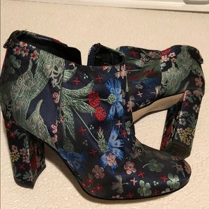 Sam Edelman Cambell Floral Brocade Ankle Bootie 8